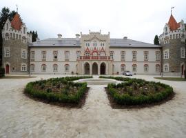 Chateau Herálec Boutique Hotel & Spa by L'Occitane, Herálec (Štoky yakınında)