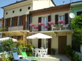 Casa Allineri, Castelnuovo Belbo (Incisa Scapaccino yakınında)
