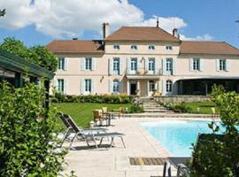 Chateau Du Mont Joly, Sampans (рядом с городом Jouhe)