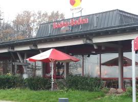 Autobahnrasthaus und Motel Baden-Baden, Baden-Baden (Sandweier yakınında)
