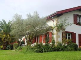 Chambres d'Hôtes Mirikuborda, Larressore (рядом с городом Суред)