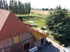 Gîte de La Ferme des Crins Blancs, Hazebrouck (рядом с городом Staple)