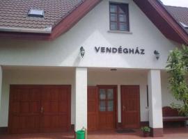 Sarok Vendégház, Nádudvar (рядом с городом Püspökladány)