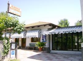 Hotel Zi Marianna, Pertosa (Salvitelle yakınında)