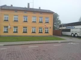 Viesu Nams Dzirkaļi, Ventspils