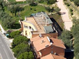 Hotel Il Castellaccio, Piccione (Fratticciola Selvatica yakınında)