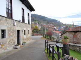 La Casona de Tresgrandas, Tresgrandas (Buelna yakınında)