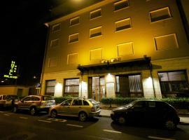 Hotel Milano, Pistoia
