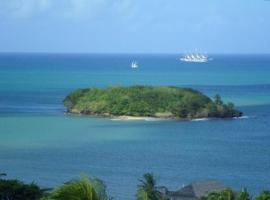 Amazing Beach View Apartments, Castries