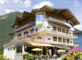 Hotel Garni Jennewein, Mayrhofen