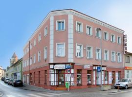 Hotel zur Sonne, Korneuburg (Höflein an der Donau yakınında)