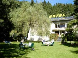 Hotel Garni Lukanz, Neumarkt in Steiermark (Mariahof yakınında)