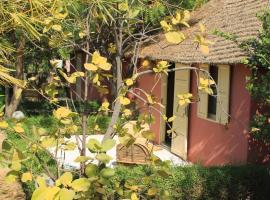 Lampsar Lodge, Ndiongo