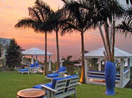 Days At Sea Beach Lodge