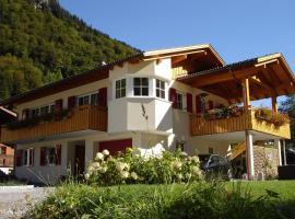 Haus Telisia, Klösterle am Arlberg (Langen am Arlberg yakınında)