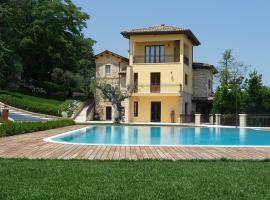 Borgo Fonte Scura, Silvi Marina (Silvi Paese yakınında)