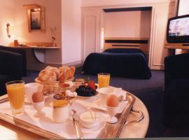 Logis Hotel le France, Villers-le-Lac (рядом с городом La Grand'Combe-Châteleu)