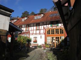 Gästehaus Pfefferle Hotel garni und Ferienwohnungen, Sigmaringen (Inzigkofen yakınında)