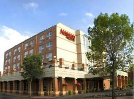 Norwood Hotel