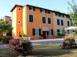 Bed & Breakfast Lucca Fora, Capannori (Near Lammari)