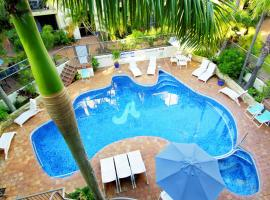 Aussie Resort, Gold Coast (Burleigh Waters yakınında)