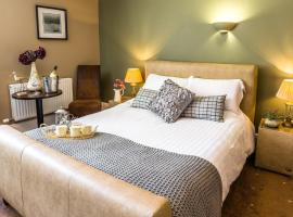 The Lounge Hotel & Bar, Penrith