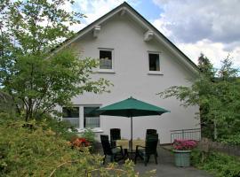 Ferienwohnung van Balkom, Schmallenberg (Rehsiepen yakınında)