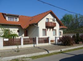 Csipkeház Apartman, Cserkeszőlő (рядом с городом Kunszentmárton)