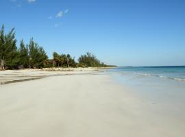 Hideaway Bahamas Beach Club Villa, High Rock (Bevans Town yakınında)