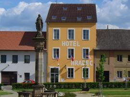 Hotel Hradec, Mlázovice (Vysoké Veselí yakınında)