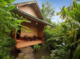 The Aura Shanti Retreat, Бедугул (рядом с городом Pacung)