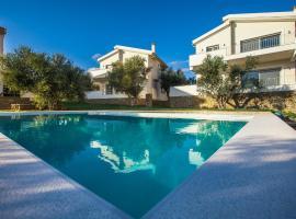 Abelia Luxurious Villas, Финикус (рядом с городом Evangelismós)