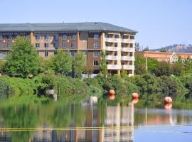 Oxford Suites Spokane, Спокан