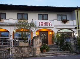 Gästehaus Weinhandl & Johnnys Pizzeria, Podersdorf am See