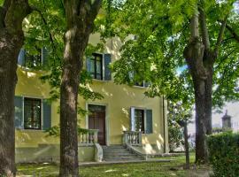 Villa Terzi, Sorbolo (Praticello di Gattatico yakınında)
