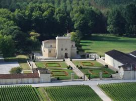 Château La Tour Carnet, Saint-Laurent-de-Médoc (рядом с городом Пойяк)