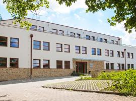 Sporthotel Hostivice, Hostivice (Chýně yakınında)