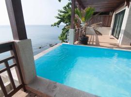 Penn Sunset Villa 10 with Shared Pool