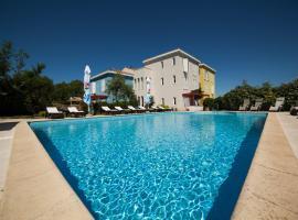 Hotel Manora, Nerezine