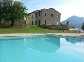 Amico Country House, Serra San Quirico (Mergo yakınında)