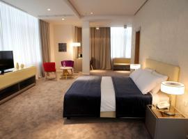Best Western Premier Ark Hotel, Rinas (Qerek yakınında)