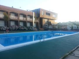 Don Hotel, Cangas de Morrazo (Salgueirón yakınında)
