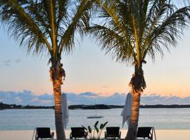 Hamilton Princess & Beach Club A Fairmont Managed Hotel, Hamilton (Bermuda yakınında)