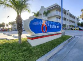 Motel 6 Oceanside, Oceanside