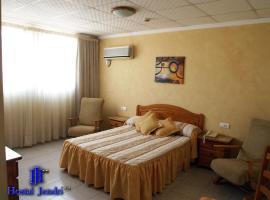 Hotel Jendri, Альмасора (рядом с городом Вильярреаль)