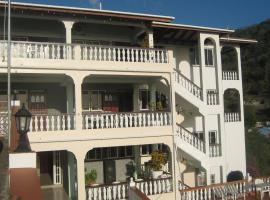 Carriacou Grand View, Hillsborough (Near Palm Island)