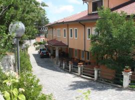 Santangelo House, Monte Sant'Angelo (Ruggiano yakınında)