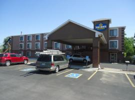 TownHouse Extended Stay Hotel Downtown, Lincoln