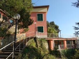 Ostello Paradiso, Recco (Vescina yakınında)