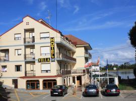 Hotel Villa, Isla